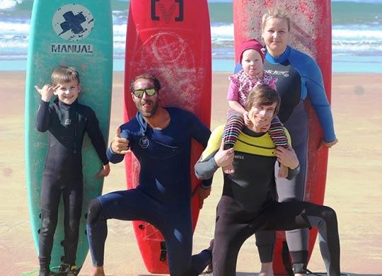 familienurlaub_laluzsurf_surfcamp_spanien_l
